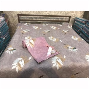 Tima Bed Comforter