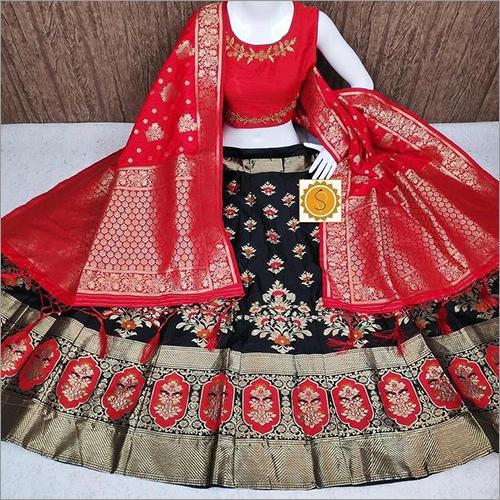 Ladies Party Wear Banarasi Lehenga