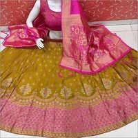 Ladies Wedding Wear Banarasi Lehenga