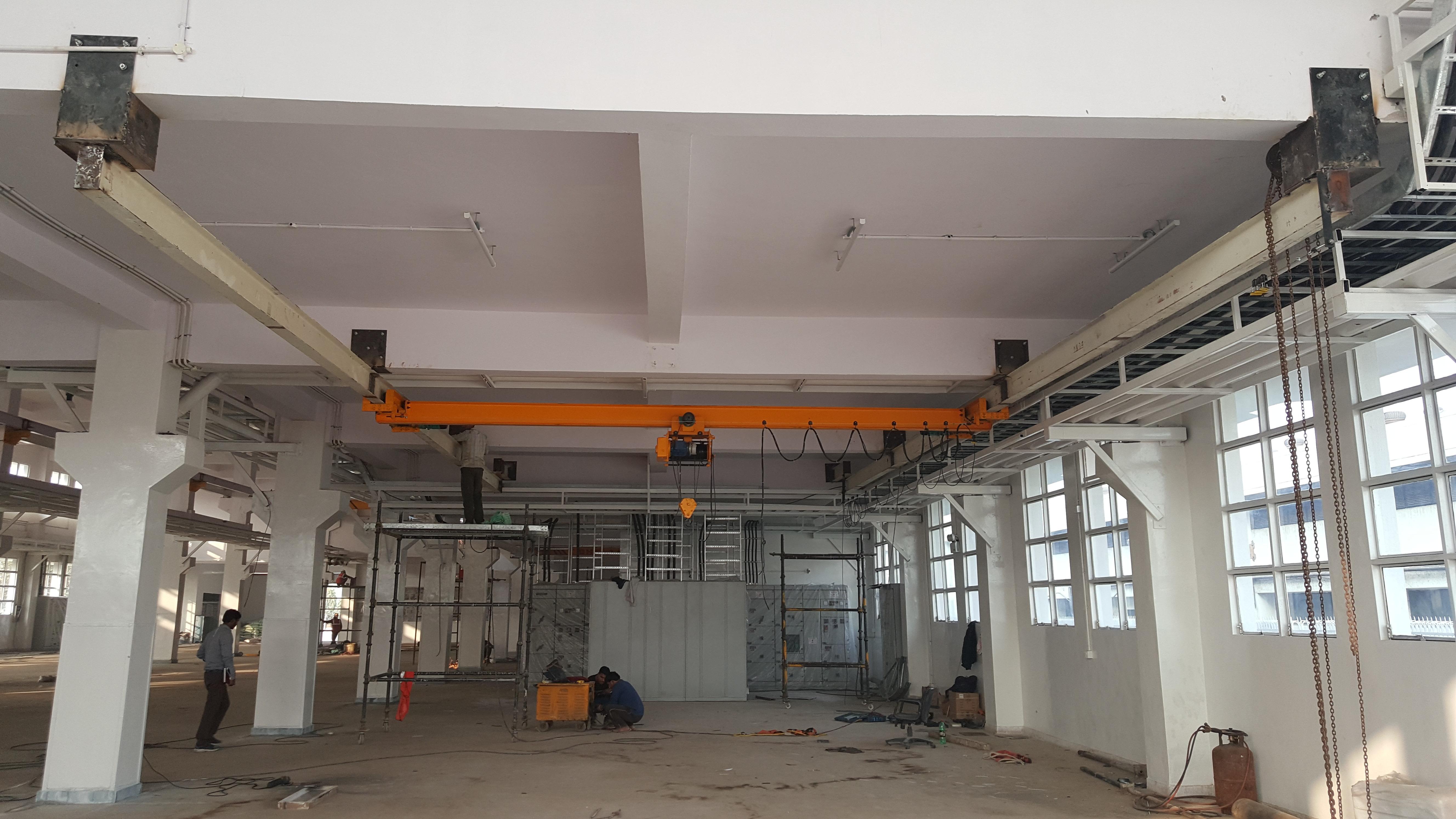 Under Slung I Beam Type EOT Crane