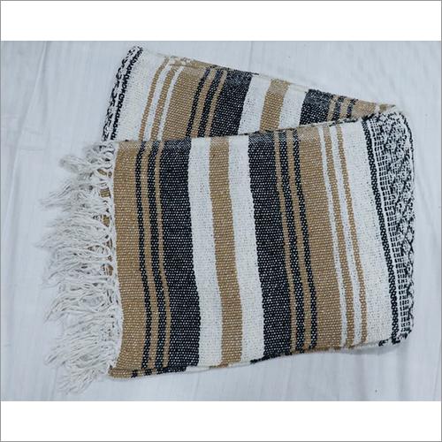 Natural Falsa Blanket