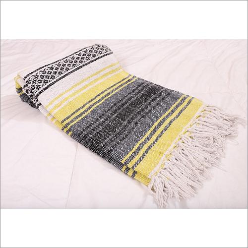 Light yellow Falsa Blanket