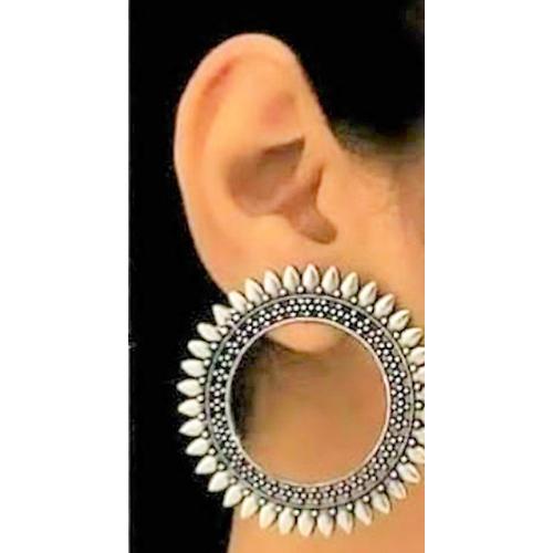 Earings ..
