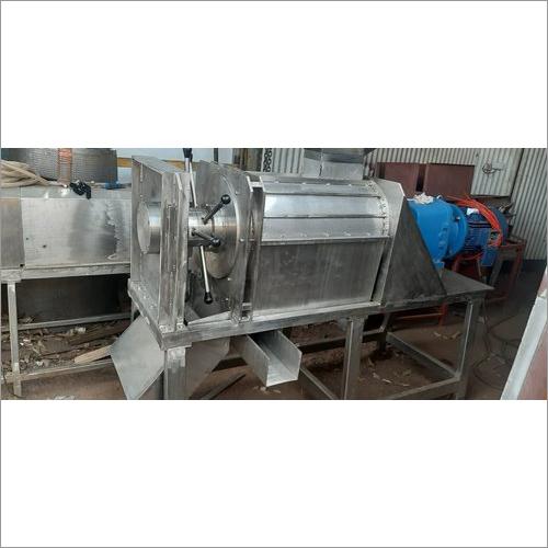 Automatic Coconut Milk Extractor Machine