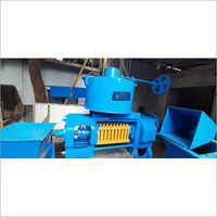 6 Bolt Dry Coconut Oil Processing Machine