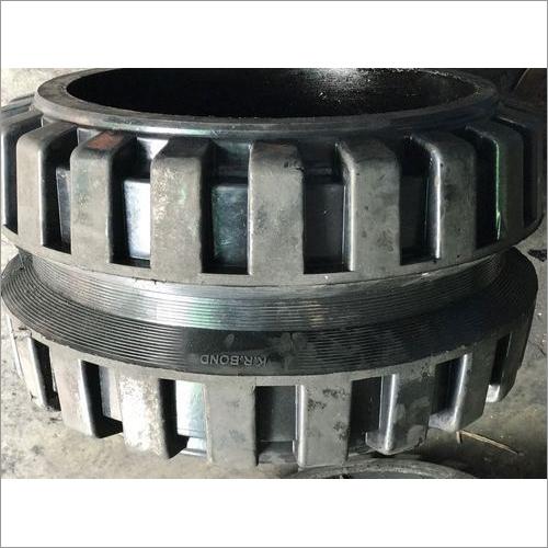 Paver Broomer Tyre