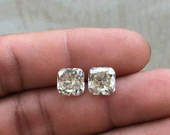 Near White Loos Moissanite Diamond