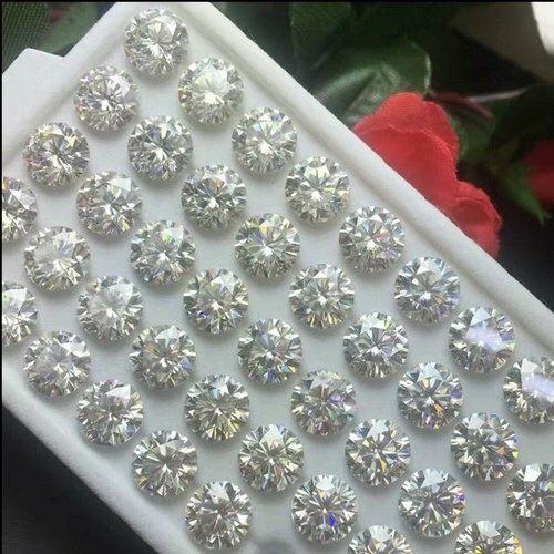Pure White Loose Moissanite Diamond