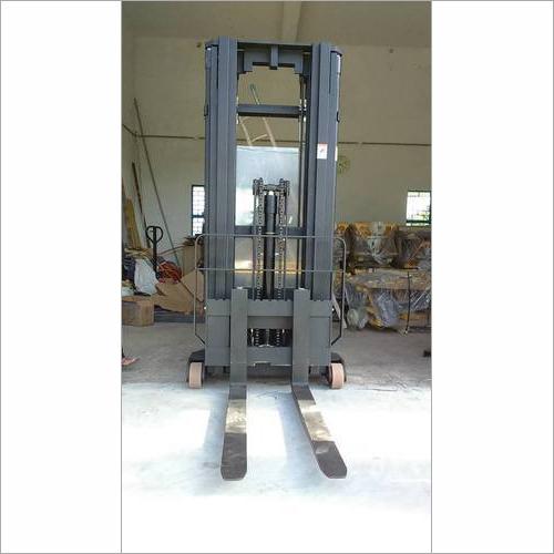 Semi-Electric Counterbalanced Stacker
