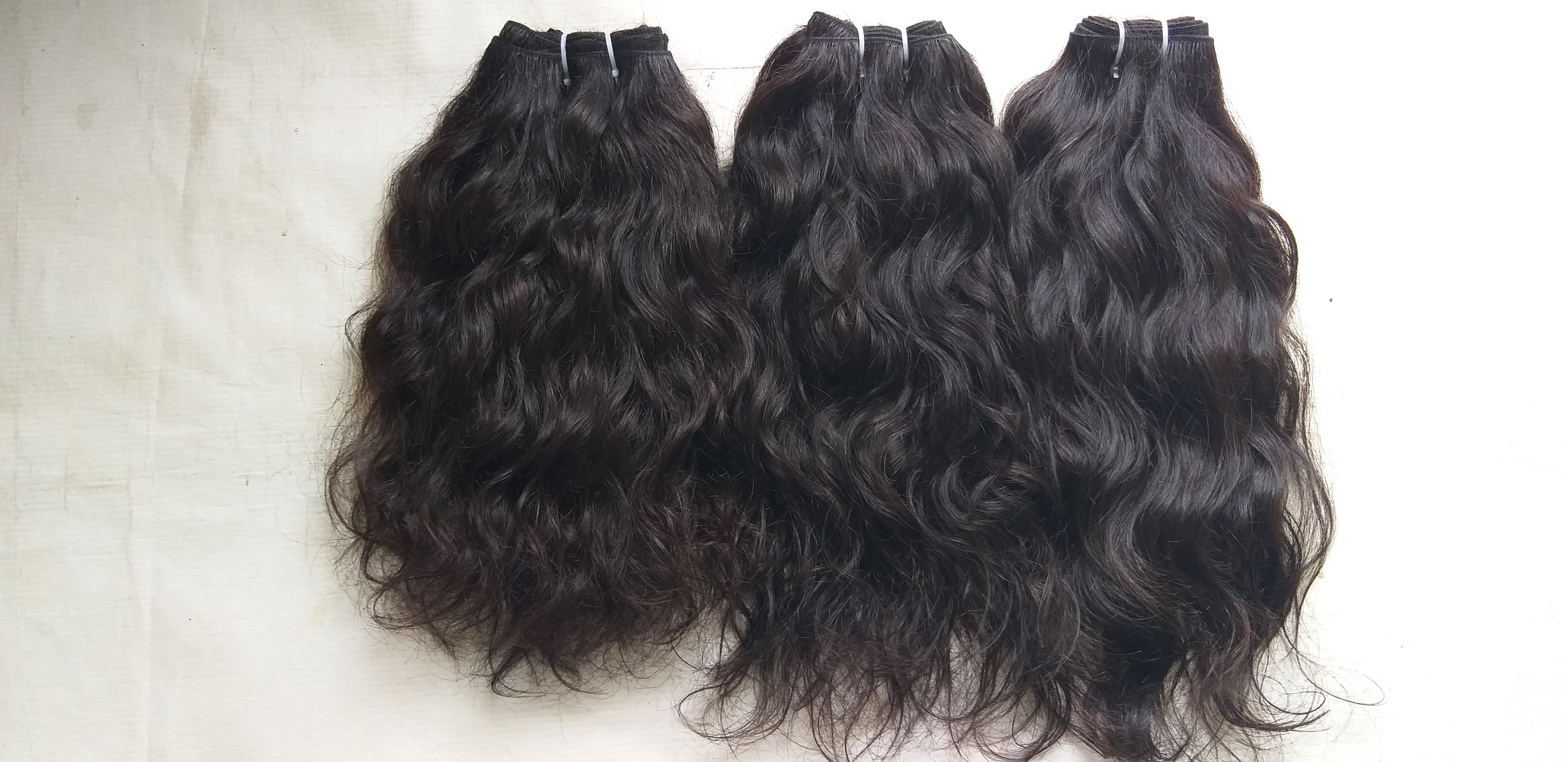 Unprocessed Wavy Human Hair