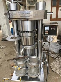 Almond Oil Hydraulic Press Machine