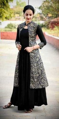 Womanica Rayon Kurti With Surg