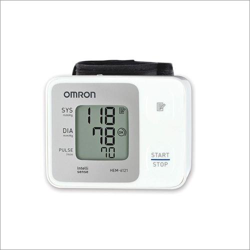 Omron HEM 6161 Fully Automatic Wrist Type Digital Blood Pressure Monitor With Intellisense Technolog