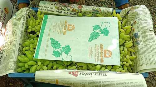Green Sonaka Grapes