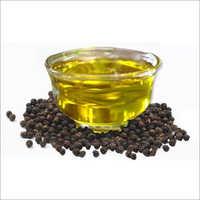 Black Pepper Oil (Piper Nigrum)