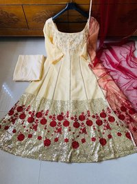 GORGET GOWN