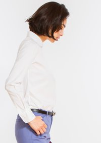 Premium Stretch Easy Care Rounded Point Collar Long Sleeve Shirt White