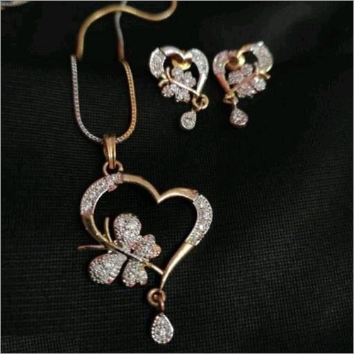 Diloo Butter American Diamond Gold Plated Mangalsutra Pendant