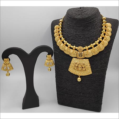 Ladies Forming Necklace Set