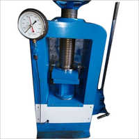 Analog Compression Testing Machine 2000 Kn Hand Operated
