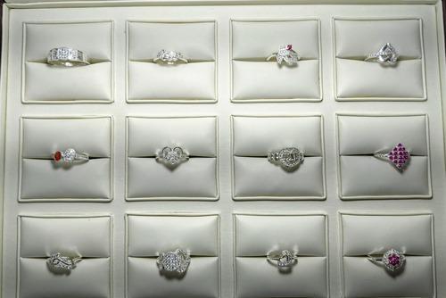 Ladies Stylish Ring
