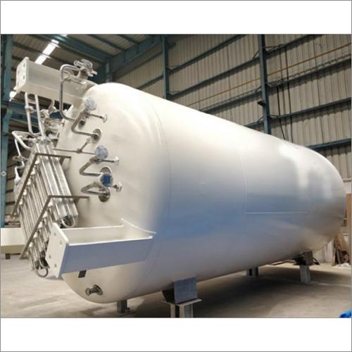 Liquid Oxygen Vertical Storage Tank