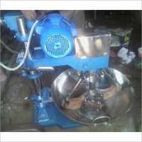 Semi Automatic Musta Kaju Burfi Ghutai Machine