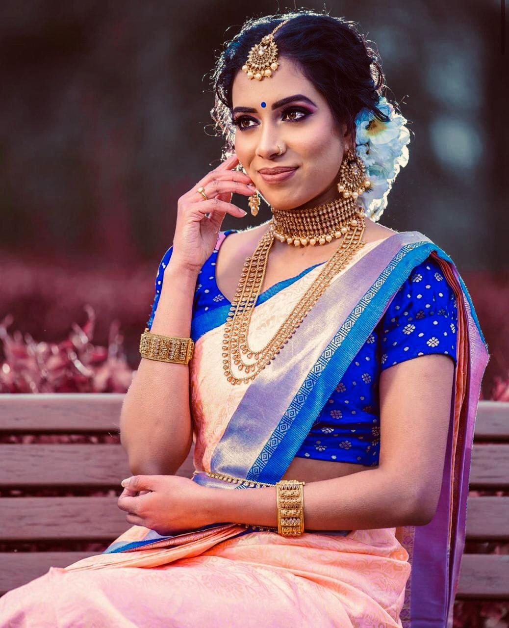 Traditional Kanchipuram Reach With Lovely Blue Pallu Weaving Saree