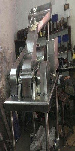 Comminuting Mill
