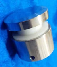 Point fitting stud