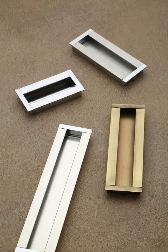 Dum Consil Sliding Door Handle