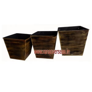 Decorative Iron Vase For Home & Office