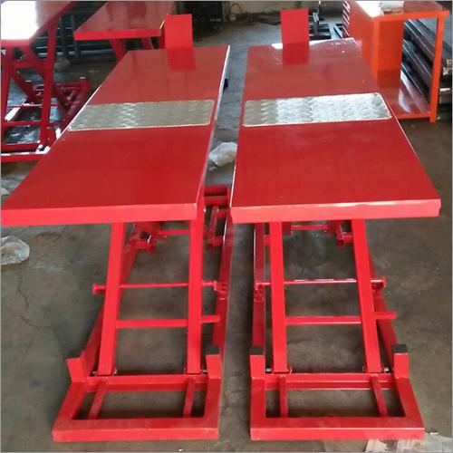 Two Wheeler Hydraulic Ramp