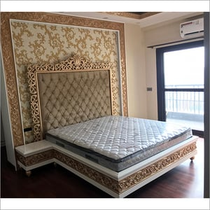Classical King Size Bed