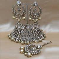 Reverse AD Bridal Mehendi Polish Choker Necklace with Earring and Maangtikka