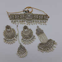 Pakistani Jewellery Necklace with Earrings, Maangtikka and Passa