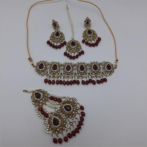 Ruby Pakistani Jewellery Necklace with Earrings, Maangtikka and Passa