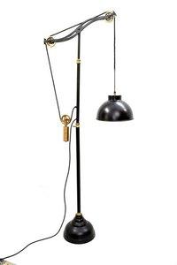 Floor Studio Pulley Lamp