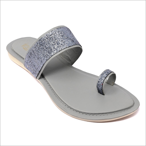 Sparkling Look One Toe Flat Sandals
