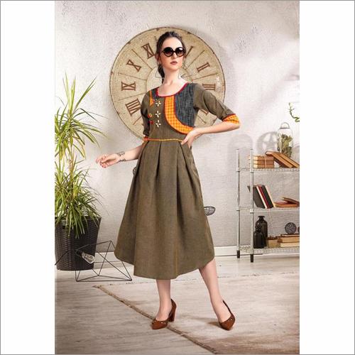 Ladies Two-Tone Handloom Cotton With Thread Kurti