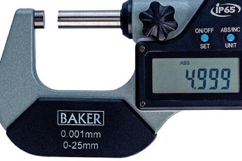 BAKER GAUGES DMM25-1 Digital External Micrometer with Data Output Range 0-100 mm / 0-4″