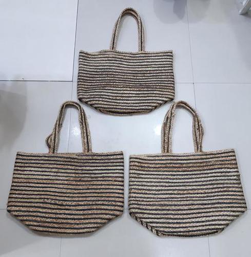 Jute Beach Bag With Black Linging