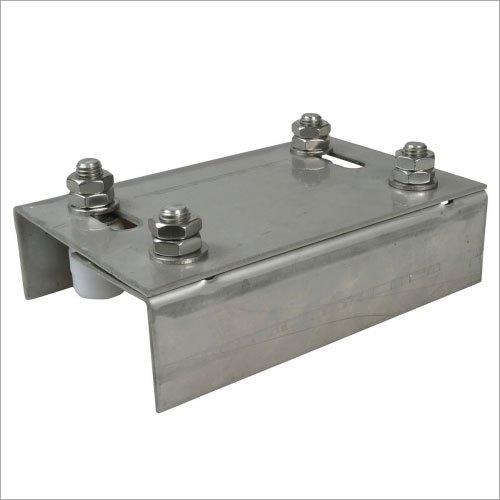 Adjustable Guides Plate for Sliding Gates
