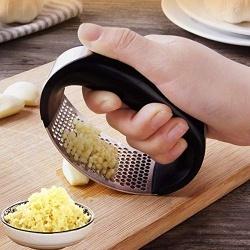 Garlic Grinding
