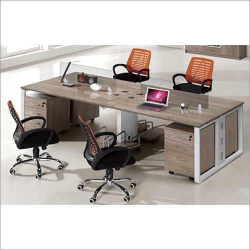 4 Person Face To Face Workstation With Glass