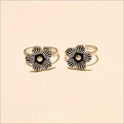 Handmade Flower Design Toe Ring