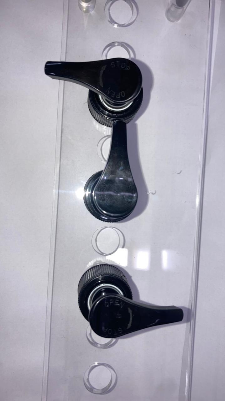 24 mm black lotion pump on/off