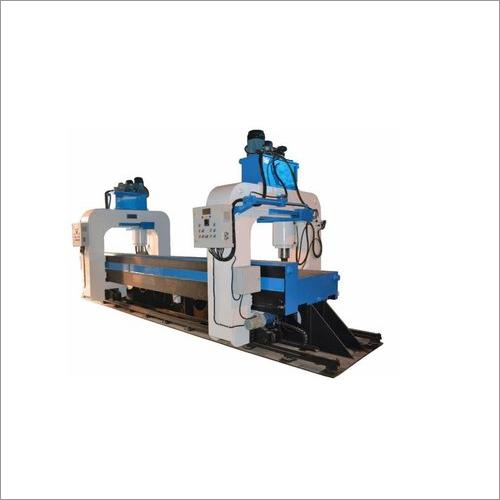 RS-1600 Rail Straightening Machine