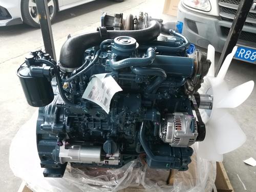 V2607-DI-TE3B-CBH2-3 KUBOTA ENGINE 1J700-82000