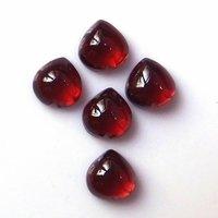 7mm Mozambique Garnet Heart Cabochon Loose Gemstones